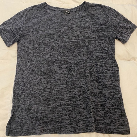 Aritzia grey Wilfred Free T-shirt